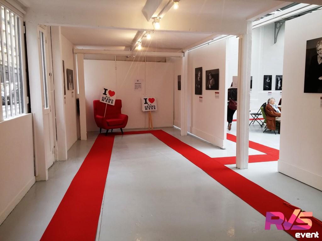 Creation salon avec moquette d'exposition