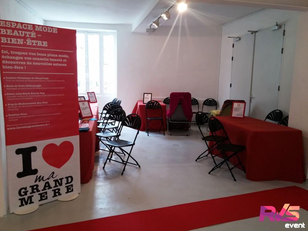 Location de mobilier (tables et chaises) et installation de moquette