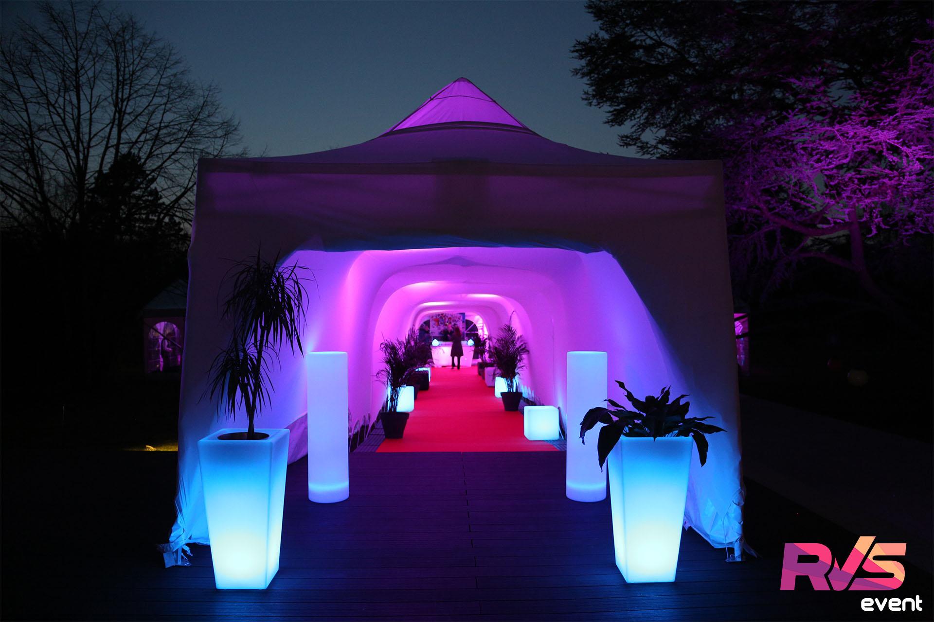 Location tente de réception + mobilier lumineux - Ile de France